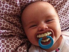 crazy_pacifiers_collection_640_01
